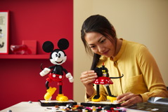 43179 Mickey Mouse & Minnie Mouse Buildable Characters Announce 23