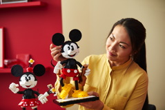 43179 Mickey Mouse & Minnie Mouse Buildable Characters Announce 27