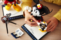 43179 Mickey Mouse & Minnie Mouse Buildable Characters Announce 29