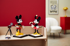 43179 Mickey Mouse & Minnie Mouse Buildable Characters Announce 33