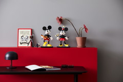 43179 Mickey Mouse & Minnie Mouse Buildable Characters Announce 36