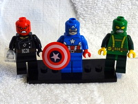 Minifigs front