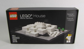 4000010 LEGO House Review 01