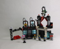 70809 Lord Business' Evil Lair Review 27