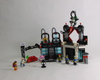 70809 Lord Business' Evil Lair Review 28