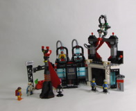 70809 Lord Business' Evil Lair Review 30