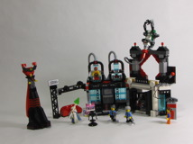 70809 Lord Business' Evil Lair Review 31