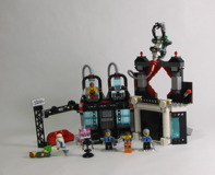 70809 Lord Business' Evil Lair Review 34