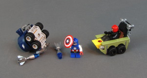 76065 Mighty Micros: Captain America vs. Red Skull Review 29